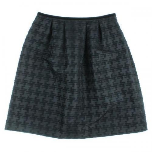 [Pre-Owned] UNTITLED skirt size: 1 (S position)
