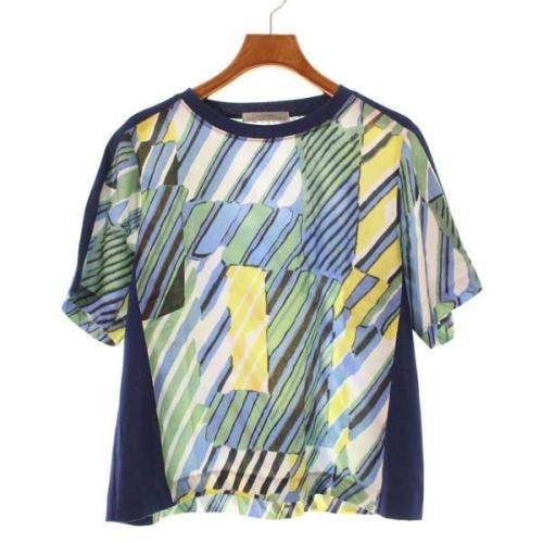 [Pre-Owned] 1/2 Un-Demi T-shirt size: 36 (S position)