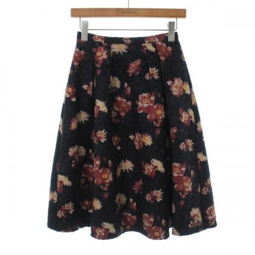 [Pre-Owned] NATURAL BEAUTY BASIC skirt size: XS