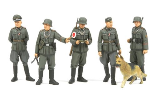 Tamiya 1/35 Military Miniature Series No.320 Germany Feldgendarmerie set 35320