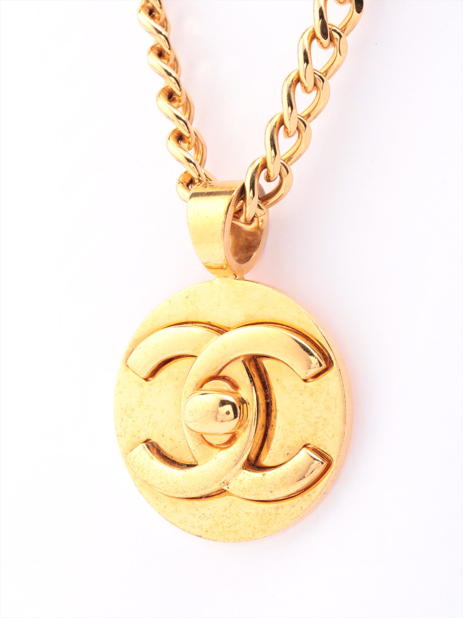 [Used goods] Chanel Coco mark necklace GP Gold turn-lock 97A