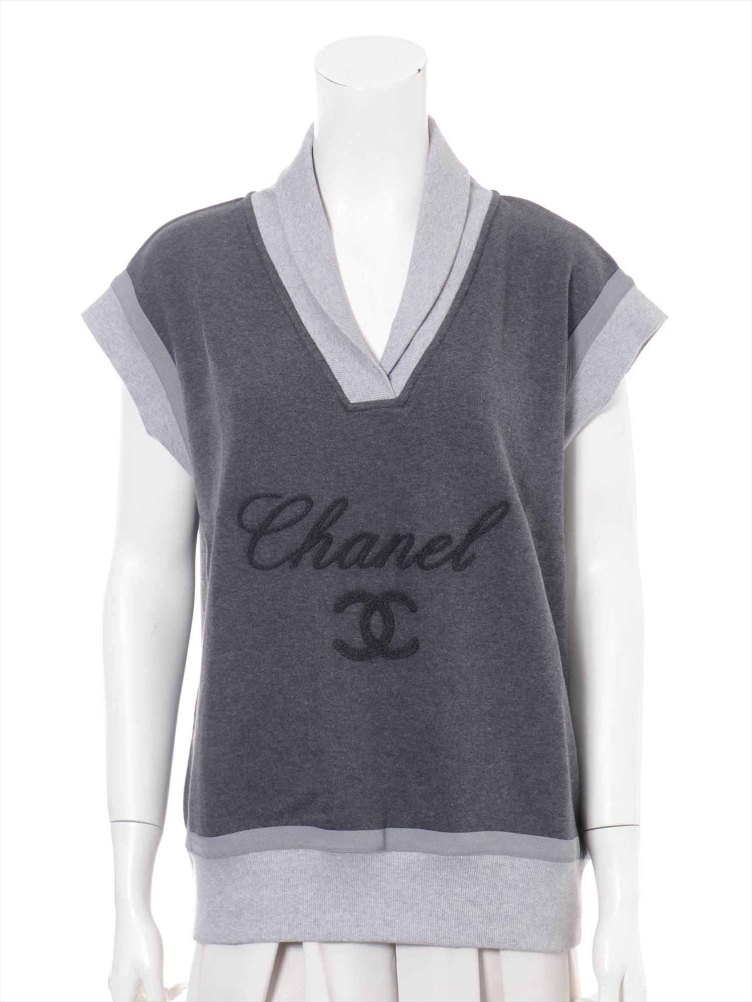 [Used goods] Chanel Cotton Sweat Size: 46 Ladies gray short-sleeved P38